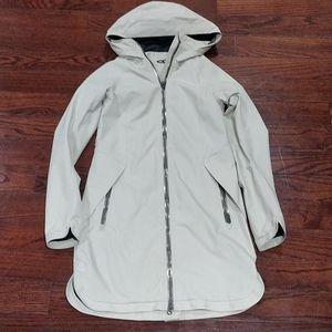 Euc lululemon definitely raining jacket